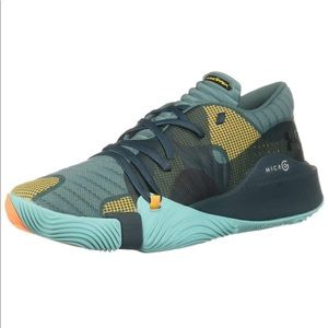 Men's Under Armour Spawn Low Basketball 10.5